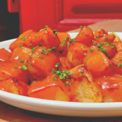 patatas bravas la bodeguilla de arrabal